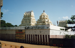 25 35o. Satish-Geeta wedding in Madras, India - temples in Mahabalipuram