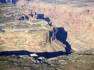 76 59p. Colorado River canyon - aerial