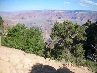 6 5t7. Top of South Kaibab trail