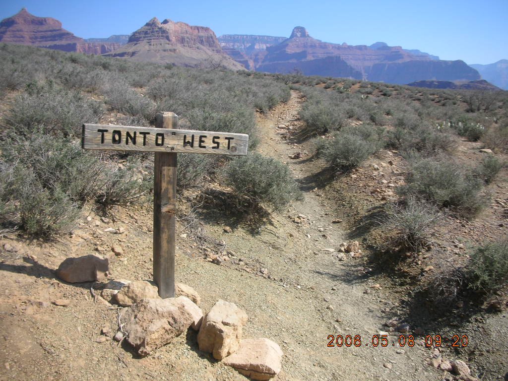 trail to Plateau Point -- Tonto trail sign
