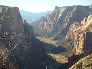 187 6cw. Zion National Park- Observation Point hike (old Nikon Coolpix S3)