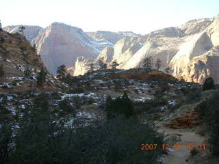 206 6cw. Zion National Park- Observation Point hike (old Nikon Coolpix S3)