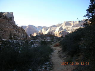 209 6cw. Zion National Park- Observation Point hike (old Nikon Coolpix S3)