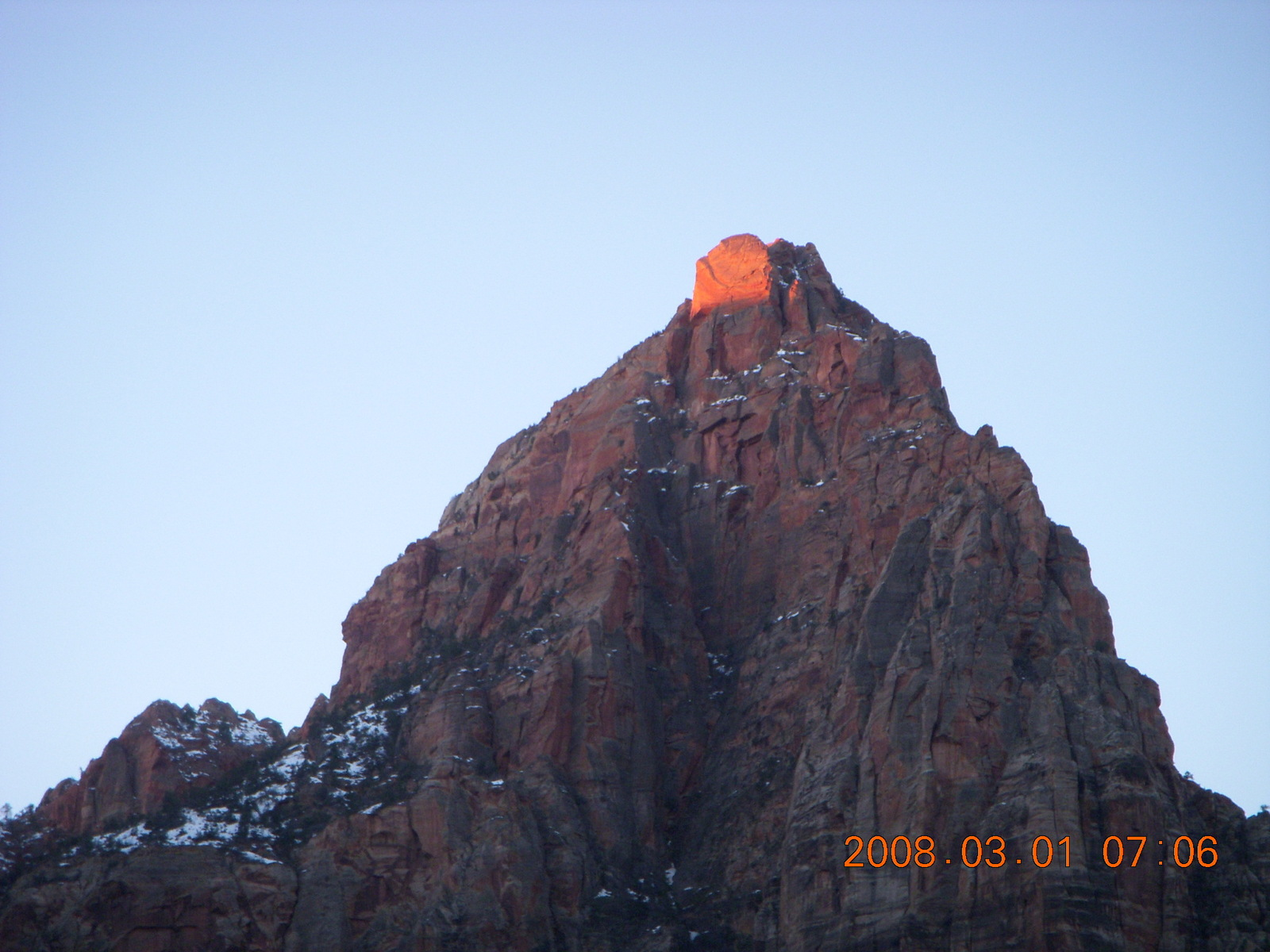 Zion National Park - Watchman hike - first light