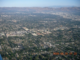 6 6vl. aerial - Los Angeles area near Van Nuys (VNY)