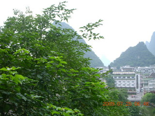 40 6xr. China eclipse - Yangshuo steps up the mountain
