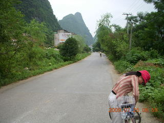 83 6xr. China eclipse - Yangshuo bicycle ride