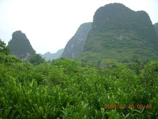153 6xr. China eclipse - Yangshuo bicycle ride - walk to farm village