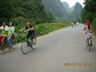 207 6xr. China eclipse - Yangshuo bicycle ride