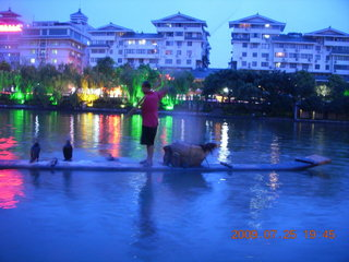 298 6xr. China eclipse - Guilin evening boat tour
