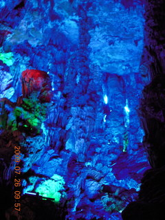 79 6xs. China eclipse - Guilin - Reed Flute Cave (really low light, extensive motion stabilization)