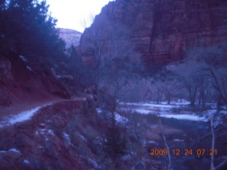 5 72q. Zion National Park - Angels Landing hike