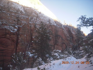 11 72q. Zion National Park - Angels Landing hike