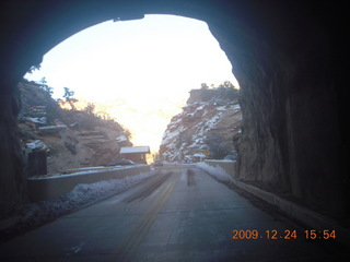 141 72q. Zion National Park - tunnel