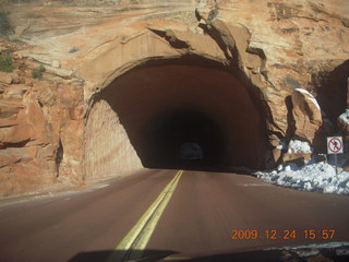 142 72q. Zion National Park - tunnel