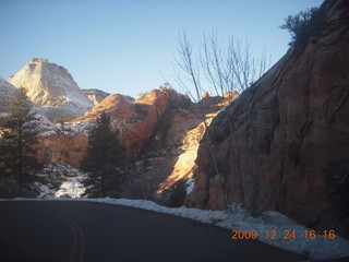 146 72q. Zion National Park - drive